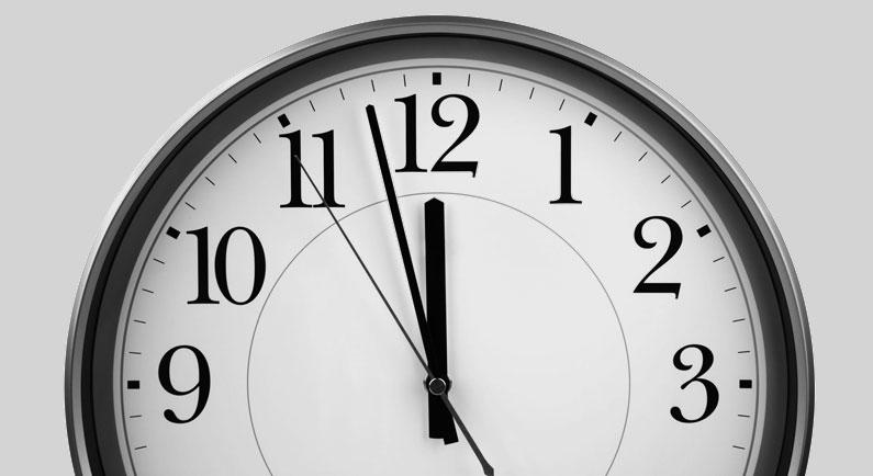 fünf vor zwölf: die Uhr tickt